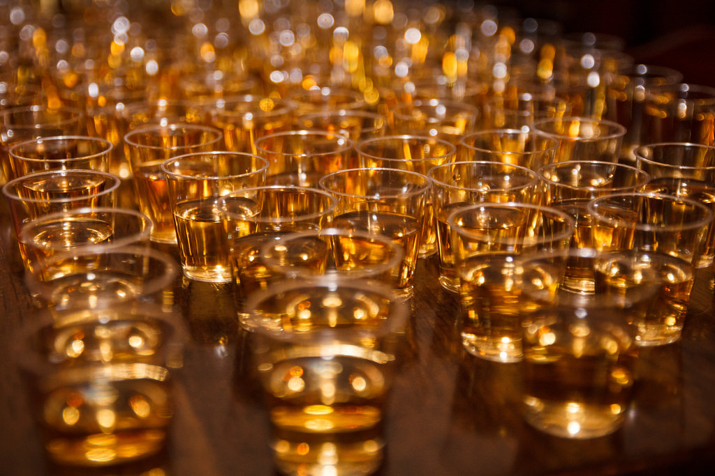 How can you differentiate basic whiskey from regional whiskey?